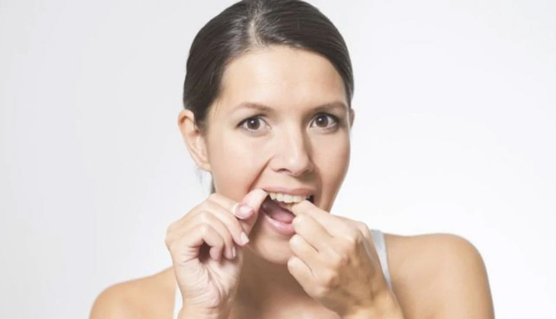 Pain when brushing or flossing