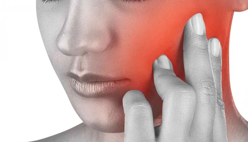 Severe jaw injury