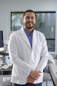 Dr.AlejandroFloresBejarano